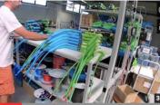 Visite Usine Crazyfly by Mckite: la fabrication barre de Kitesurf